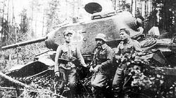 A T-34, knocked out by Finnish soldiers.