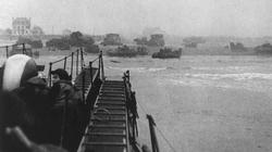 Commandos of 155 Brigade approaching Sword Beach opposite Ouistreham.